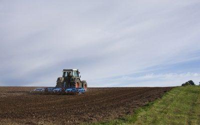 Communiqué de presse ECOLO Brabant wallon Achat de terres agricoles en Brabant : Alain Maron entend rassurer le monde agricole